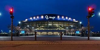 Mercedes-Benz Arena (Berlin) - Image: Berlin O2 night 2