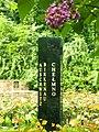 Beth Shalom memorial Garden 02.jpg