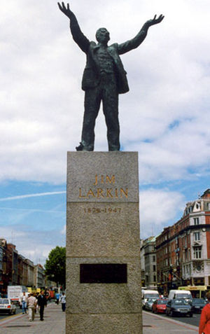 Dublin lock-out - Statue of James Larkin on O'Connell Street (Oisín Kelly 1977)