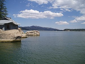 English: California's Big Bear Lake. Photo tak...