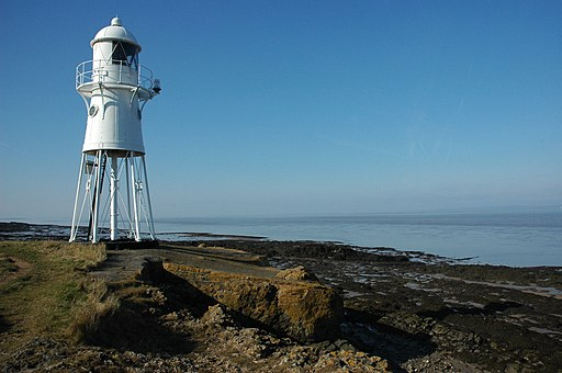Blacknore Point Lighthouse - geograph.org.uk - 1757036