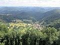 Blick auf Nothweiler von der Wegelnburg.jpg
