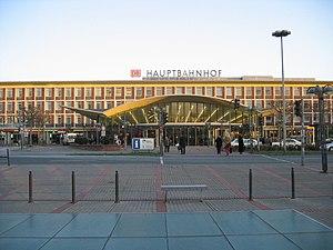 Bochum Hauptbahnhof - Entrance of the station building