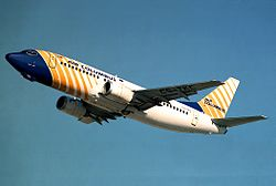Boeing 737-300 der Air Columbus