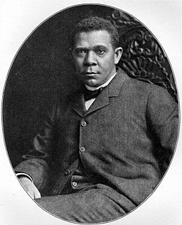 Booker T. Washington (large)