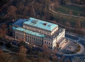 Braunschweig Luftaufnahme Staatstheater (2011).JPG
