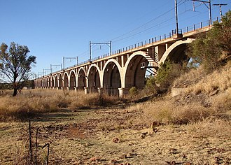 Warrenton, Northern Cape - Railway bridge across the Vaal River at Warrenton