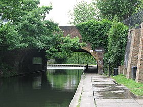 Bridge over Regent's Canal, Camden Road, NW1 - geograph.org.uk - 1450794.jpg