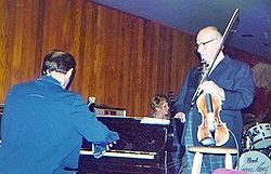 Joe Venuti (right) with the Bubba Kolb Trio at the Village Jazz Lounge, Walt Disney World, in 1978