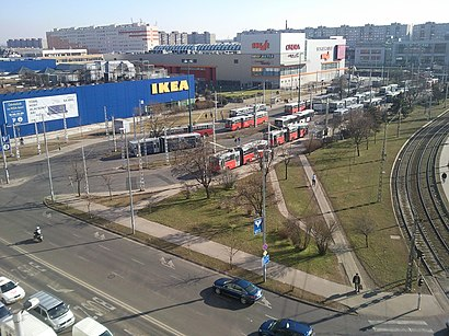 How to get to Örs Vezér Tere with public transit - About the place