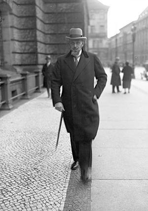Johann Viktor Bredt