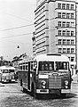 "Bundesarchiv Bild 183-14581-0003, Dresden, Omnibus ""Ikarus 30"".jpg"