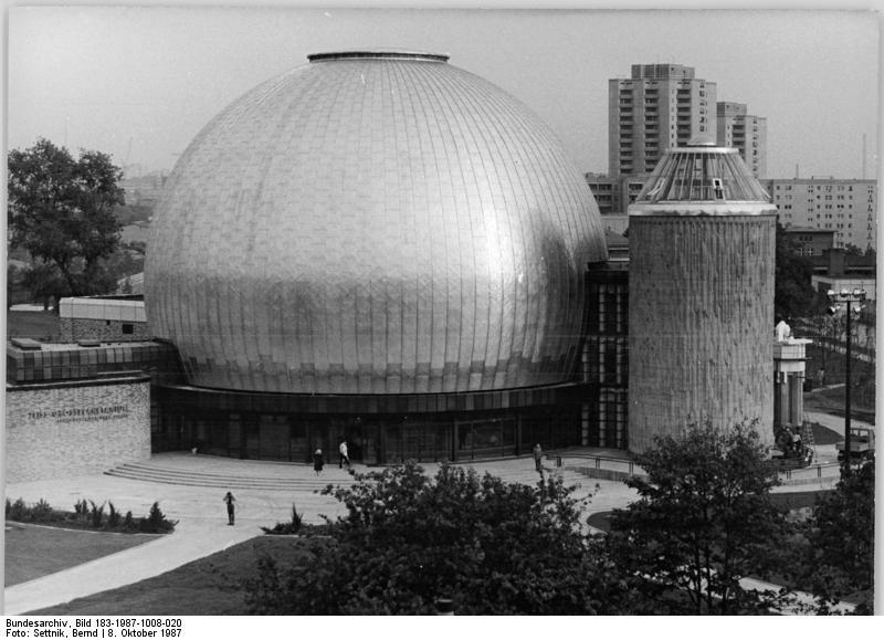Bundesarchiv Bild 183-1987-1008-020, Berlin, Zeiss-Gro%C3%9Fplanetarium