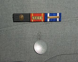 Awards and decorations of the German Armed Forces - A frequent mistake is the wear of the German Armed Forces proficiency badge as a ribbon on the uniform.