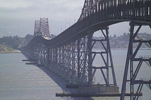 Richmond–San Rafael Bridge - Vertical undulation of the Richmond–San Rafael Bridge between the two cantilever spans