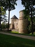 Cesis Castle towers - panoramio.jpg