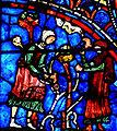 Chartres - Vitrail de la Vierge - Deux vignerons taillent les vignes.jpg
