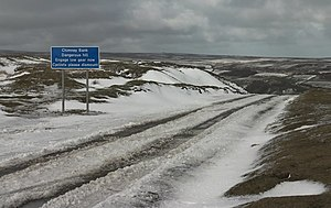 English: Chimney Bank with snow Looks like a h...