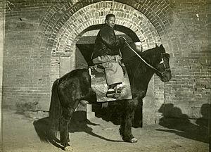 Arthur de Carle Sowerby - A typical Qli pony, photo by Arthur Sowerby, 1909
