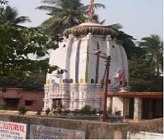 Chintamanisvara Siva Temple.jpg