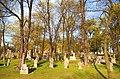 Cmentarz wojskowy w Toruniu, wiosna.jpg