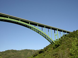 Cold Spring Canyon Arch Bridge - Image: Cold Spring Canyon Arch Bridge