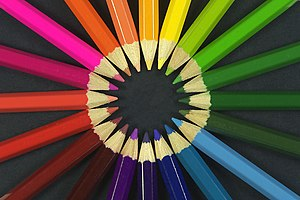 Colouring pencils Français : Crayons de couleu...