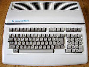 Commodore CBM-II - A Commodore CBM 610, the European version of a Commodore B128