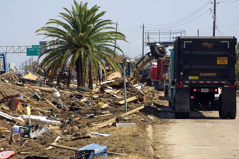 File:Corps Clearing Hurricane Ike Debris in Galveston (2885185523).jpg