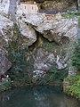 Covadonga - Cueva Santa 05.jpg