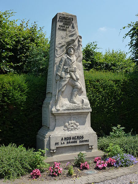 Curgies (Nord, Fr) monument aux morts