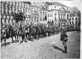 Défilé de la Garde britannique - Maubeuge - Médiathèque de l'architecture et du patrimoine - APTH002519.jpg