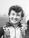 Dariusz Nadzieja (skydiver), Gliwice 1987 (cropped).jpg