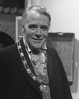 Bert Dijkstra als de burgemeester in de serie Swiebertje (1974)