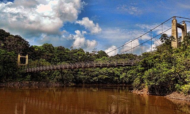 Beispiel einer Hängebrücke