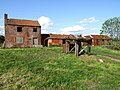 Derelict Farm Buildings - geograph.org.uk - 438563.jpg