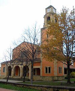 Derio - Iglesia de San Isidro 1.JPG