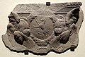 Desiderio da settignano, stemma altoviti tra due cherubini, 1463 ca.jpg