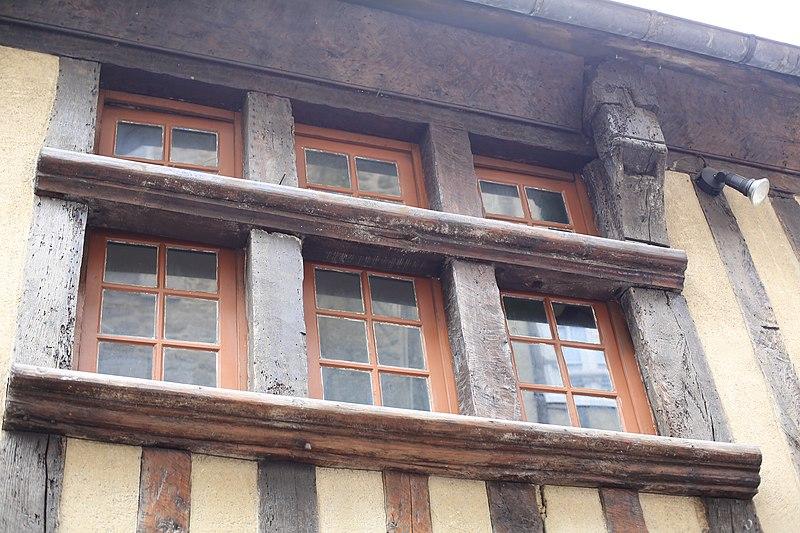 File:Dinan - 10 rue de la Cordonnerie 20130216-01.JPG Исторические памятники Динана, достопримечательности Динана, фотографии Динана