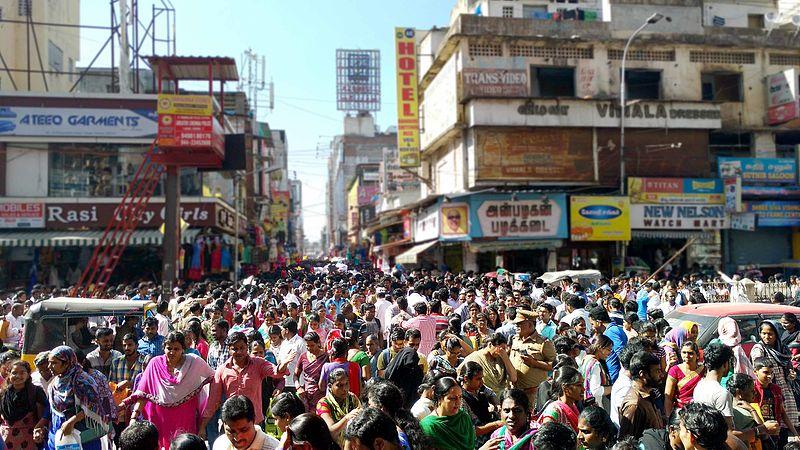 File:Diwali Urban Shopping, Thiyagaraja Nagar, Chennai.jpg