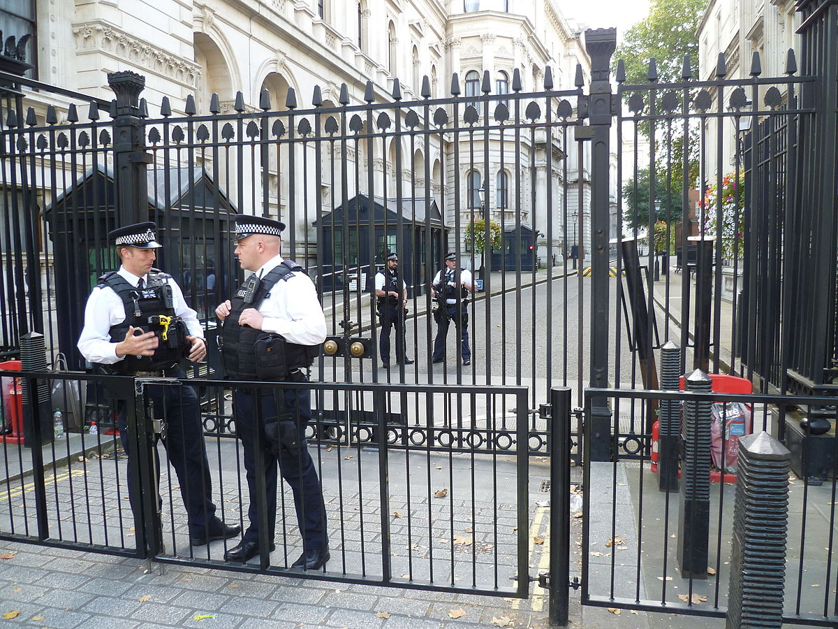 downing street mortar attack wikipedia. Black Bedroom Furniture Sets. Home Design Ideas