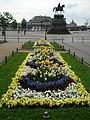 Dresden flores Zwinger.jpg