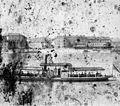 Duna-part, Koronázási domb (Ľudovít Štúr) tér, Mária Terézia-emlékmű. A kép balszélén a Vízi laktanya (ma Szlovák Nemzeti Galéria) sarka látszik. Fortepan 86539.jpg