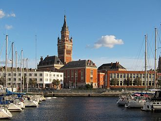 Dunkirk - Dunkirk Town Hall and port