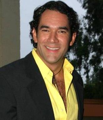 11th TVyNovelas Awards - Eduardo Santamarina, Winner for Best Young Lead Actor