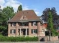 Ehemalige Villa des Fabrikanten Carl Bartholomäus - Eschwege Reichensächser Straße 31-Pontanistraße - panoramio.jpg