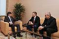 El president Puigdemont durant la reunió amb l'alcalde i el primer tinent d'Alcalde d'Artesa de Segre.jpg