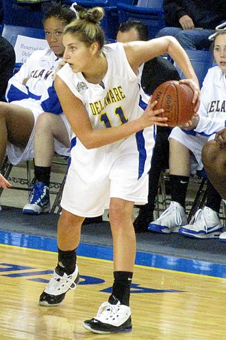 Elena Delle Donne - Delle Donne playing for the University of Delaware