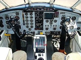 Embraer EMB 110 Bandeirante - EMB 110A cockpit