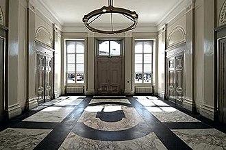Kneuterdijk Palace - Image: Entree Paleis Kneuterdijk